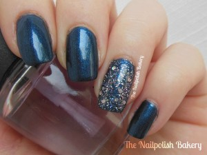statement nails glimmer