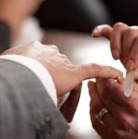 Mens-manicure