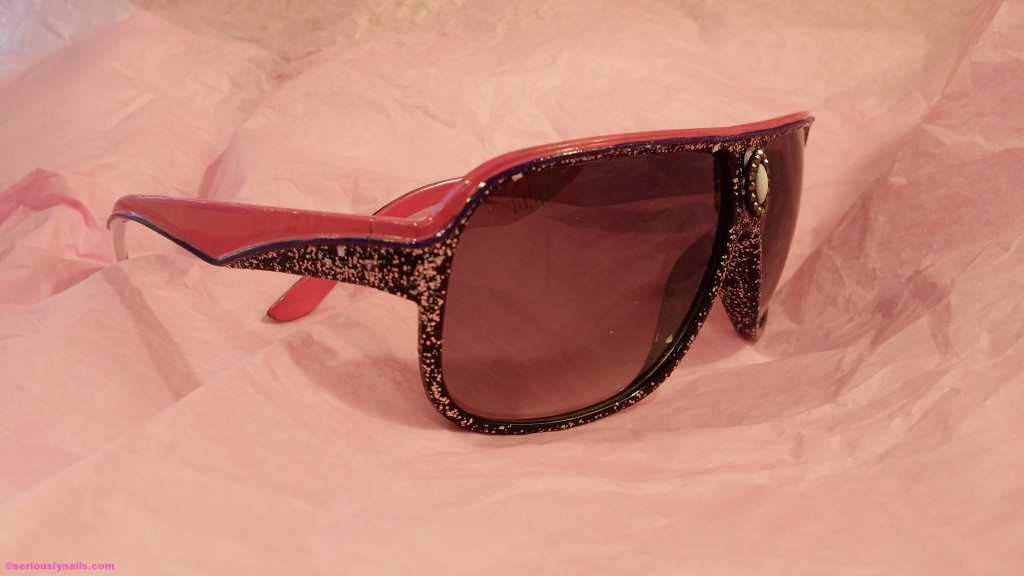 Taadaaahhh! New, blinged out shades!