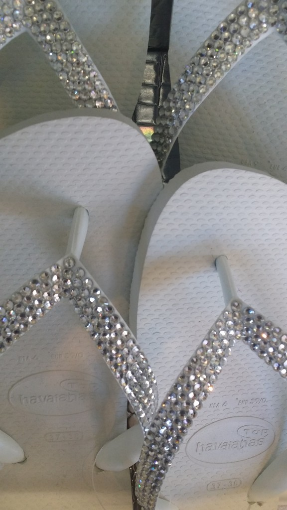 look havanesse crystal flip flops